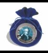 Monedă specială  alcătuită din titaniu de 4 5 mm (!!)  exclusivă  datorită culorii albastru-oţel  din interior.