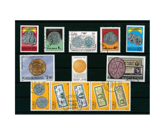 // ambalat elegant, ţara diferă,  // - Colecţie de timbre cu imaginea unor monede şi bancnote, moderne şi medievale. Pe timbrul românesc este înfăţişat o monedă din aur cu imaginea Podului de la Drobeta. Timbre aşezate pe un carton negru cu folie protecto