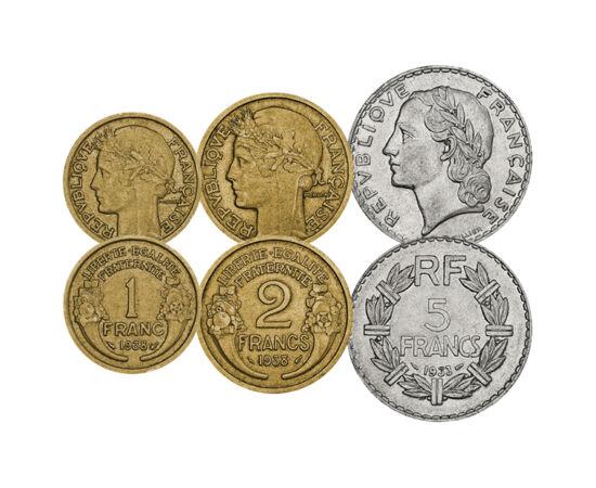 // 5, 10, 25, 50 centime, 1, 2, 5 franci, Franţa, 1919-1941 // - În Franţa anilor de după Primul Război Mondial, problemele economice au fost la ordinea zilei, aşadar nu puteau fi emise monede din argint. Pe monedele în circulaţie apărea sloganul republic