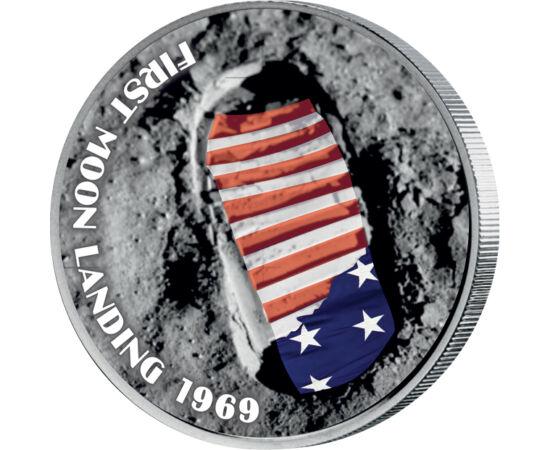 // 25 cenţi, SUA, 2004 // - Această monedă colorată, care ne prezintă statul Florida, statul în care îşi are reşedinţa Centrul Spaţial American, sărbătoreşte cei 50 de ani de la aselenizare prezentând imaginea primei urme umane de pe Lună. Monedă unică la