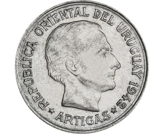 // 1 peso, argint de 720/1000, Uruguay, 1942 // - José Artigas este considerat un erou în Uruguay şi în Argentina. S-a născut la Montevideo, în vremurile dominaţiei spaniole. A luptat pentru eliberarea Argentinei şi a ţării sale. Portretul lui se află pe