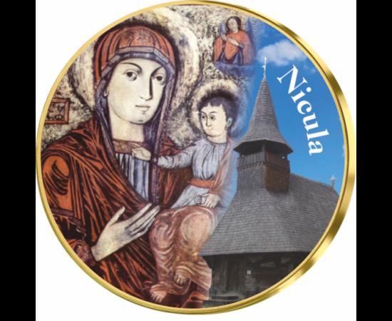 // medalie,Mănăstirea Nicula // Mănăstirea Nicula este cunoscută ca centru de spiritualitate prin Icoana făcătoare de minuni, în jurul căreia a luat naştere unul dintre cele mai mari pelerinaje din lumea ortodoxă. Stăreţia adăposteşte un paraclis cu hramu