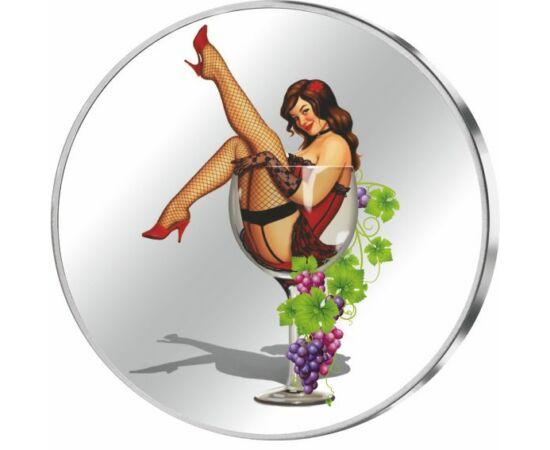 // medalie din argint, Octombrie - Calendar din argint, argint de 999/1000, ,  // Un obicei străvechi al viticultorilor este cel al zdrobitului boabelor de struguri cu picioarele, de către fetele tinere, care dansează peste grămada de ciorchini, până zdro