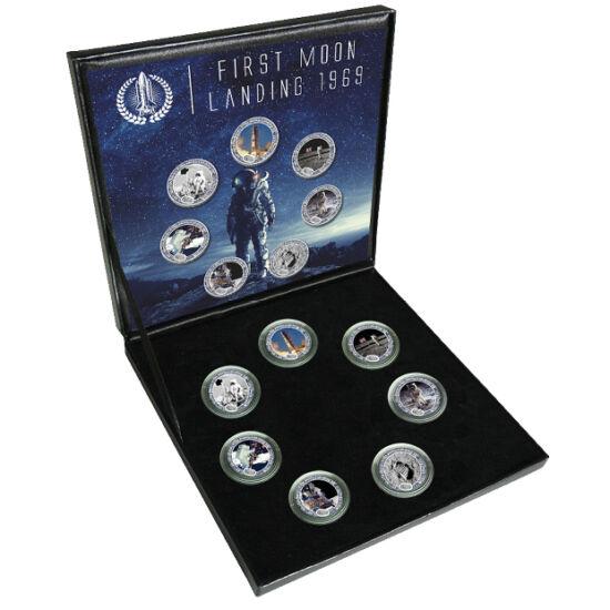 // 7x1/4 dolar, SUA, 2004 // - În 20 iulie 1969, modulul lunar al navetei spaţiale Apollo 11 a aselenizat în Marea Seninătăţii avându-i la bord pe astronauţii Neil Armstrong şi Edwin Aldrin. Cei doi au făcut o plimbare selenară de 2 ore 31 de minute şi 40