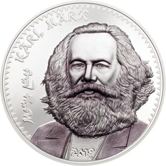 // 1000 togrog, argint de 999/1000, Mongolia, 2019 // - Marx a fost un gânditor cu influenţe majore, dar foarte controversat. A considerat istoria ca şirul bătăliilor luptei de clasă, fiind un adept al societăţii fără clase. Ambele monede sunt de calitate