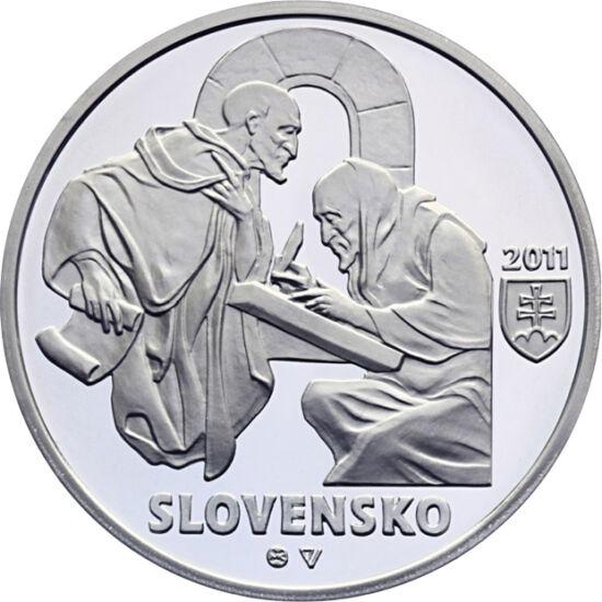 // 10 euro, argint de 900/1000, Slovacia, 2011 // - Această monedă de argint comemorează diplomele de la Zobor, cele mai vechi izvoare scrise din Slovacia. Cele două pergamente din arhiva Episcopiei de la Nitra au fost realizate în urmă cu 900 de ani.