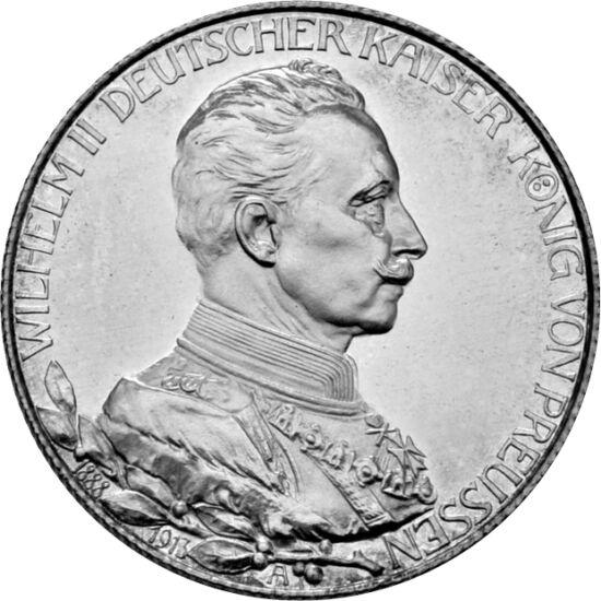 // 2 mărci, argint de 900/1000, Germania, 1913 // - Împăratul german Willhelm al II-lea a susţinut intrarea în război. Declaraţia de război a puterilor centrale le-a pus imediat în mişcare pe celelalte alianţe militare, astfel izbucnind un război mondial