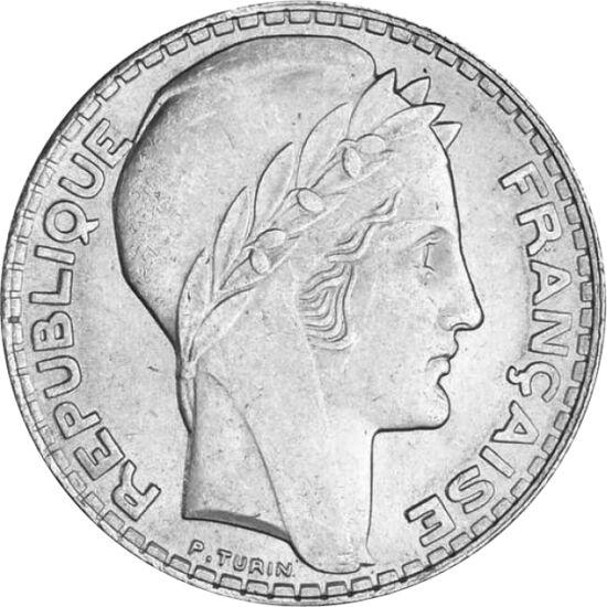 // 10 franci, argint de 680/1000, Franţa, 1929-1939 // - În timpul revoluţiei franceze din 1789, o femeie cu prenumele Marianne a luptat pe baricade, alături de luptători, unde îi îngrijea pe răniţi. După proclamarea republicii, legenda Mariannei a tot cr